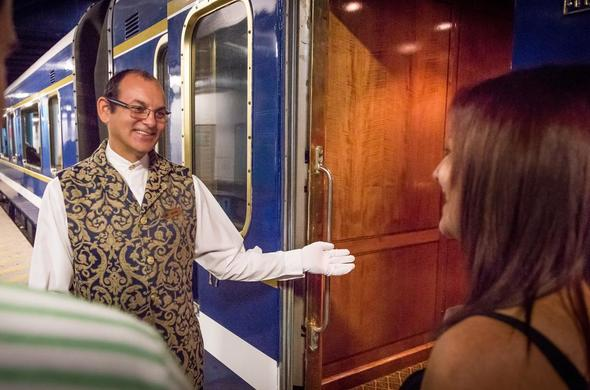 Guests boarding the Blue Train.